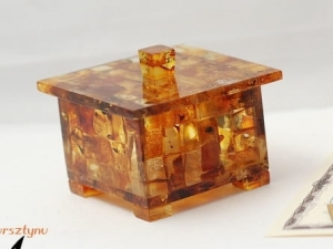 Casket with amber | Amber Gifts for Companies | 10213 | certificate