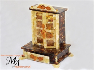 UNIQUE - Cabinet - Glass-case | Gifts With Amber | myamber